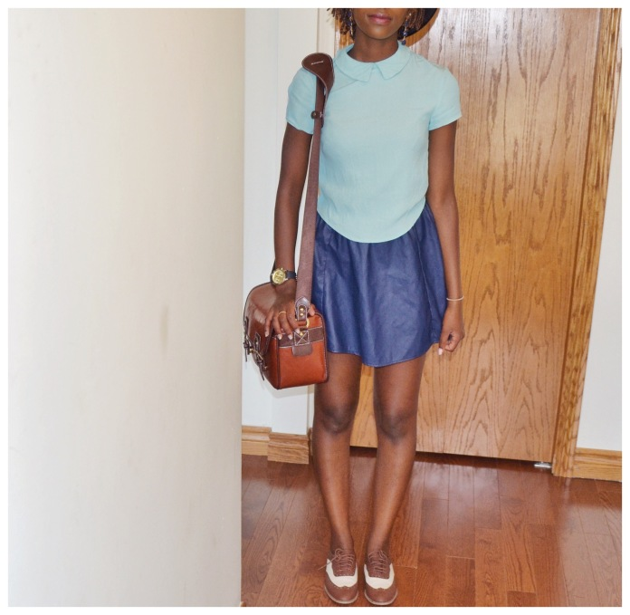 Shirt: Aritzia Skirt: Forever21 Shoes: Forever21 Bag: Etsy